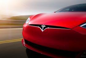 Tesla Model S P100D поднесе сензацията