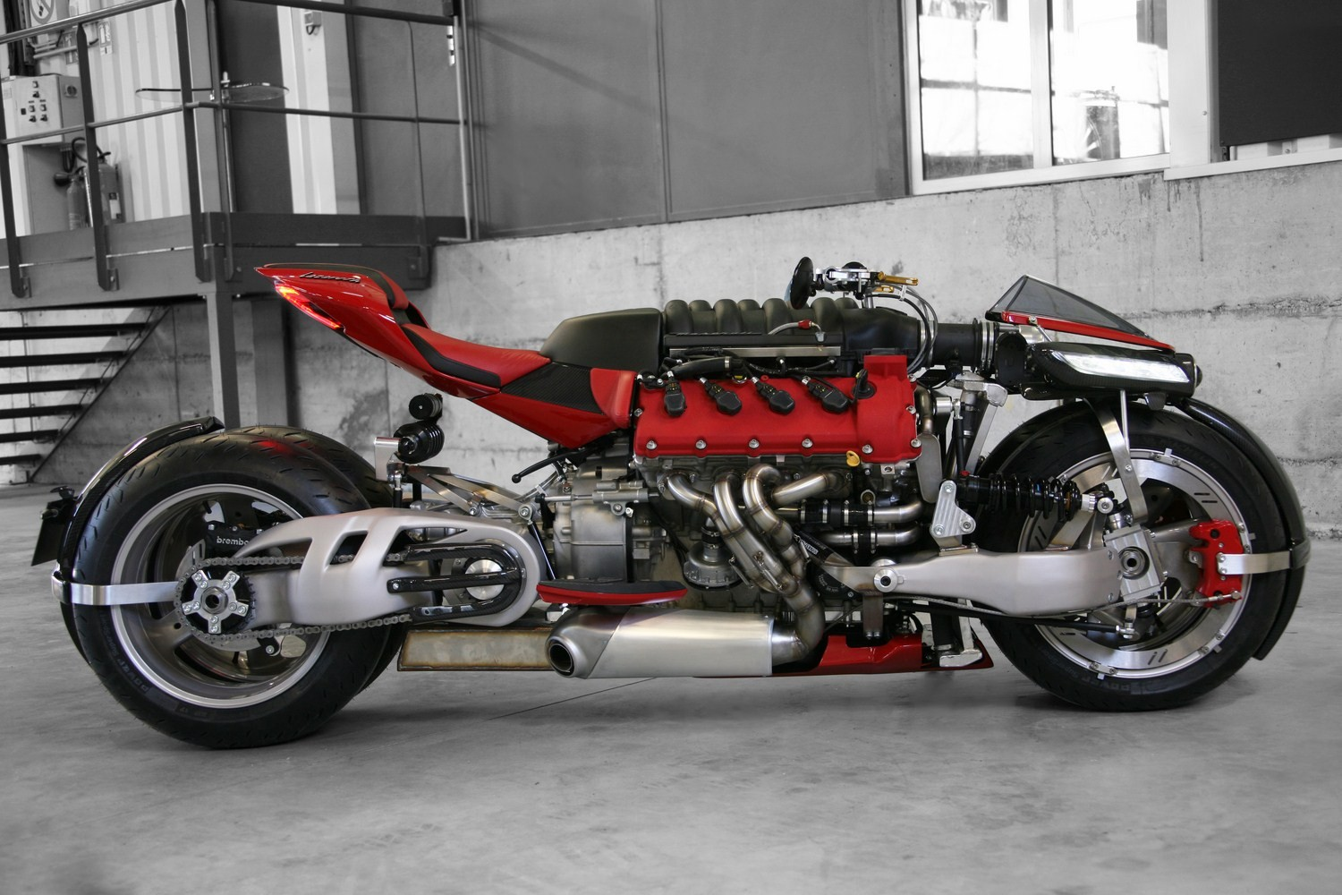 insane-lazareth-lm-847-bike-uses-a-470-hp-maserati-v8-engine_12