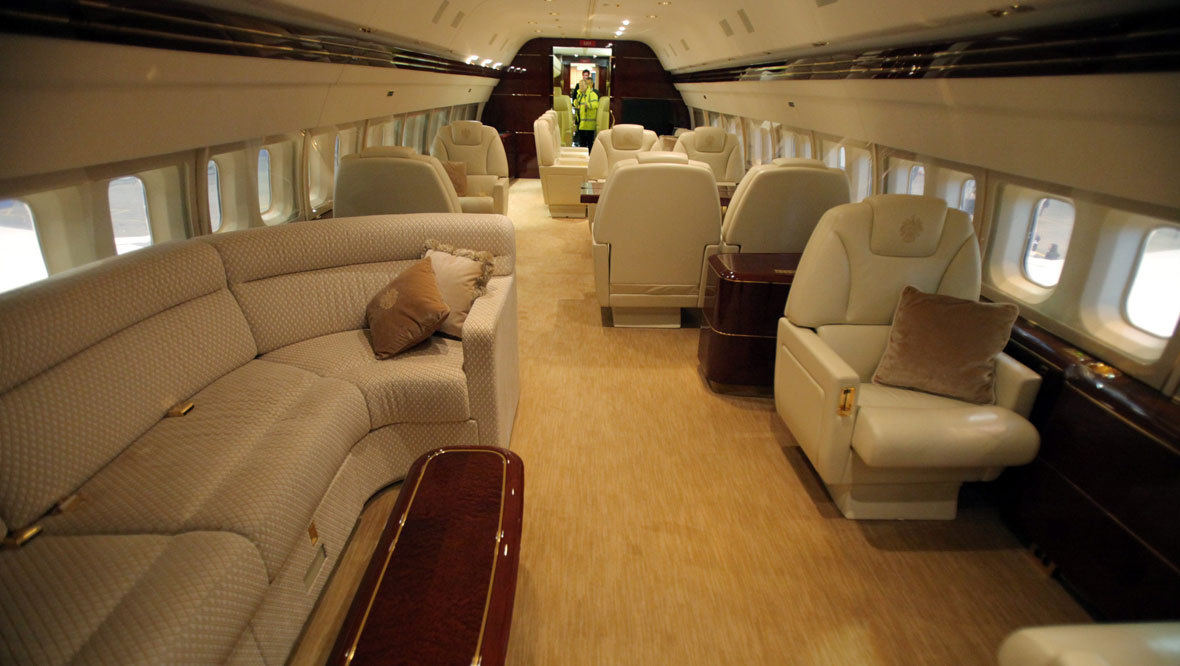 319065-donald-trump-private-jet-interior-quality-news-image-uploaded-november-14-2014