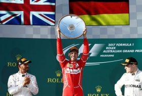 Фетел върна Ферари към победния път във F1