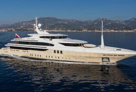 56-метровата яхта Lady Candy от Benetti