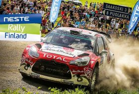 Есапека Лапи с дебютна победа в WRC